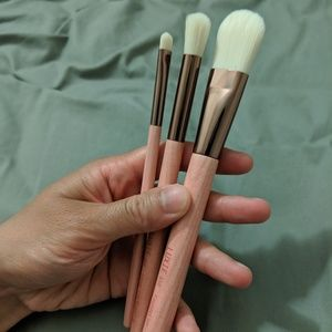 NWT 3 Luxie Gaea Makeup Brushes *FIRM PRICE*